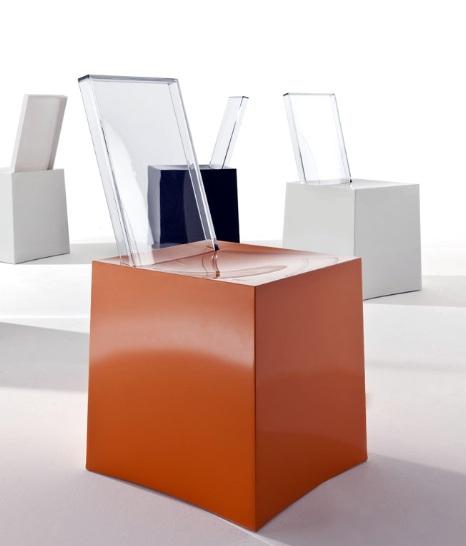 Miss Less von Philippe Starck, Bidl Kartell
