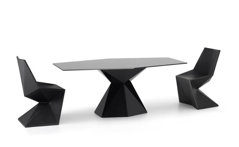 vertex sessel und tisch von karim rashid f r vondom design m bel. Black Bedroom Furniture Sets. Home Design Ideas