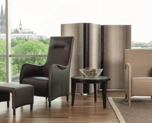 Relaxsessel passend zum Sofa SALONI