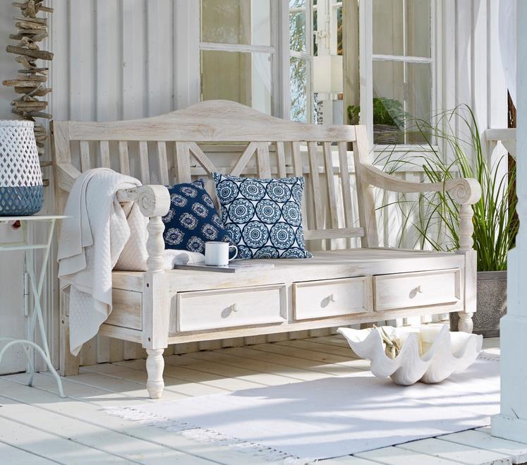 blaue gartenbank holz 161526 eine. Black Bedroom Furniture Sets. Home Design Ideas