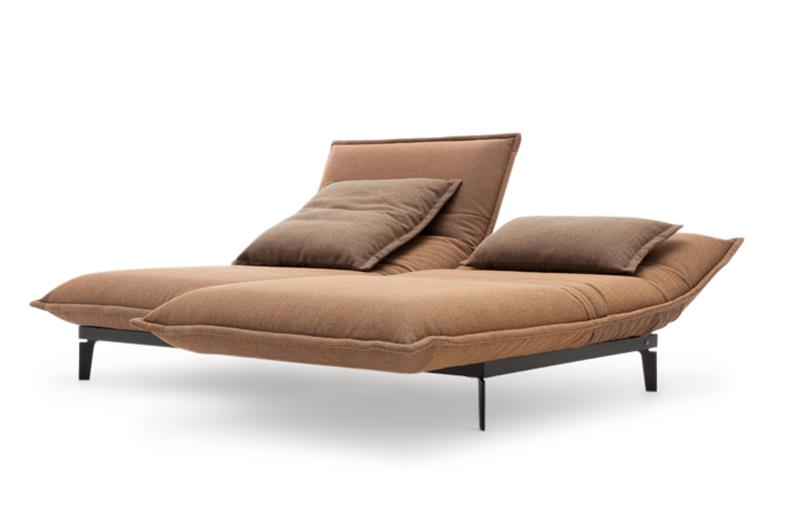 sofa von rolf benz auf der imm cologne design m bel. Black Bedroom Furniture Sets. Home Design Ideas