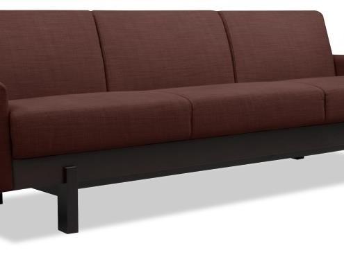 Sofa in der Trendfarbe Marsala