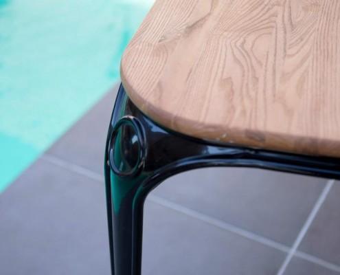 Esstisch SAM aus Metall und Weidenholz - Detail