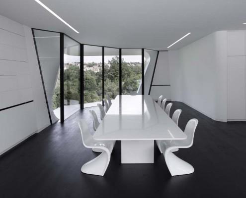 traumvilla mit organischen formen design m bel. Black Bedroom Furniture Sets. Home Design Ideas