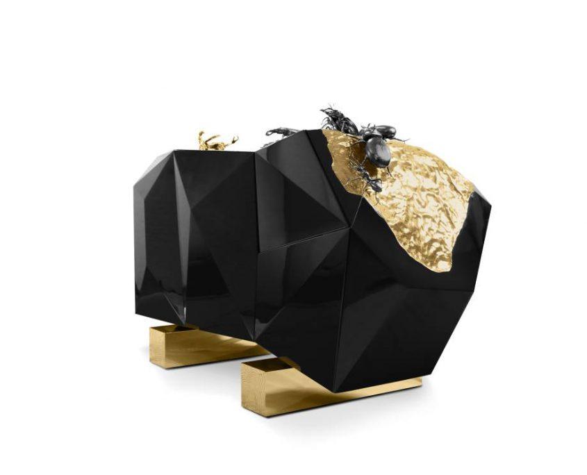 Unübertroffen das Diamond Metamorphosis Sideboard mit Käfer
