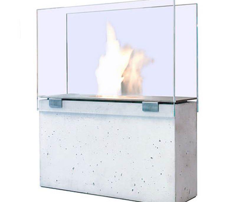 Ethanolkamin mit Glas