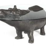 Nilpfer als Tisch (Bild Sculptart)