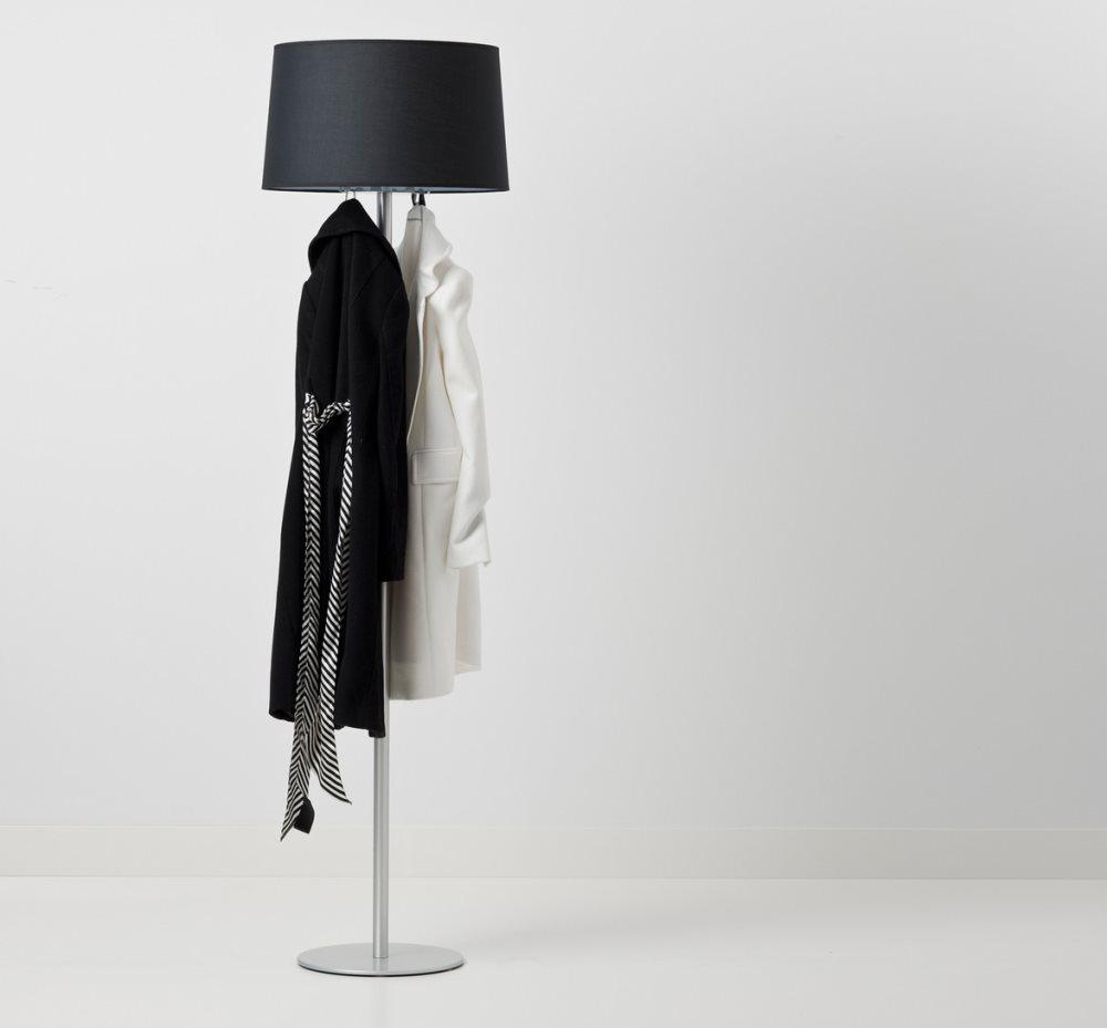 Lampe und Kleiderständer in einem - Coat Lamp