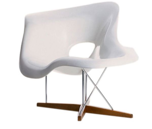 La Chaise von Charles & Ray Eames, entworfen 1948