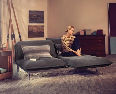 NOVA Sofa und Longchair mit elektrischer Verstellfunktion