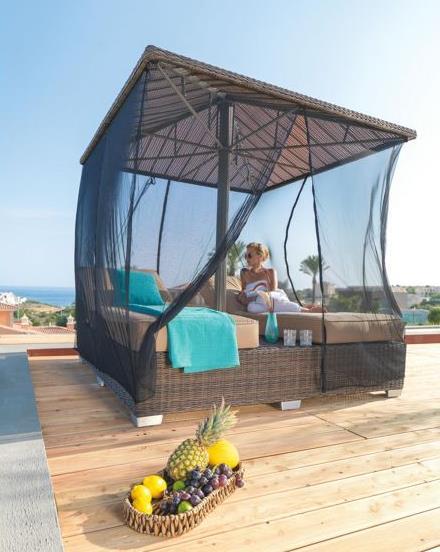 Gartenliege mit m ckennetz und sonnenschirm 2 design m bel - Gartenliege design ...