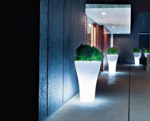 Ming Blumentopf mit Beleuchtung