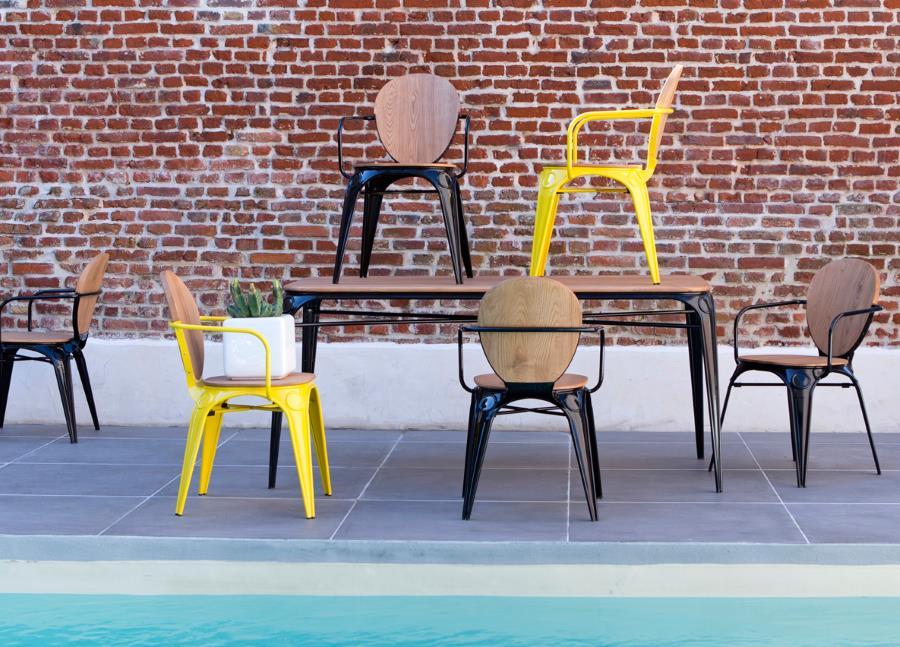 sessel und esstisch sam aus metall design m bel. Black Bedroom Furniture Sets. Home Design Ideas