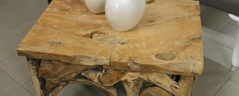 Couchtisch aus Wurzelteakholz