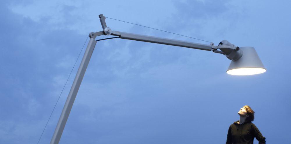 Große Stehlampen