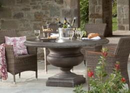 Steintisch Monterey - Ein Toller Gartentisch der sich hervorragend als Tee oder Kaffeetisch eignet