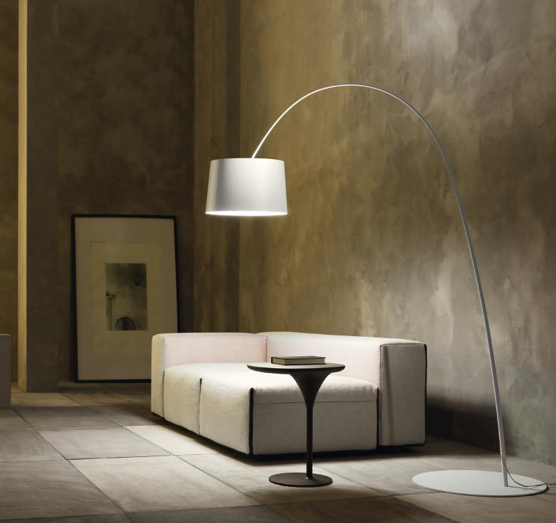 gro e und bergro e stehlampen design m bel. Black Bedroom Furniture Sets. Home Design Ideas