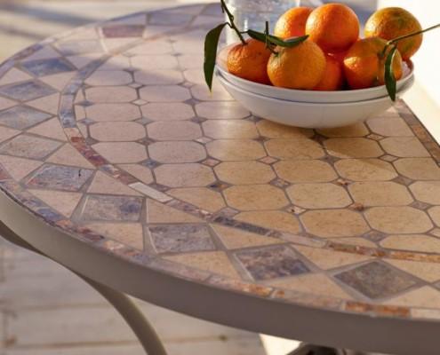 Inklusive stilvollen Mosaik