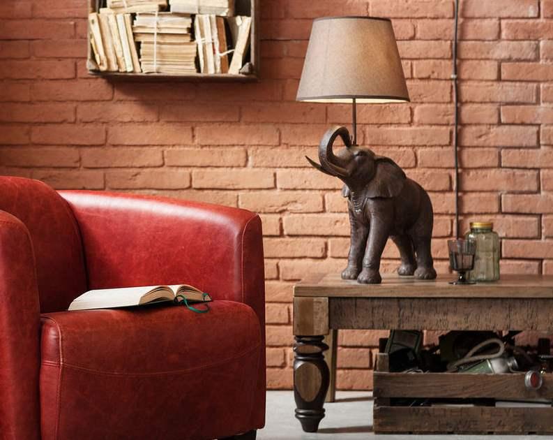Tischleuchte in Elefantenform