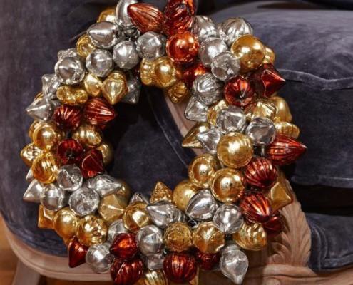 Kugelkranz als weihnachtliche Dekoration