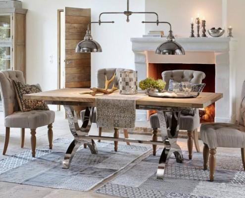 Der ideale Tisch, groß, stark und unempfindlich