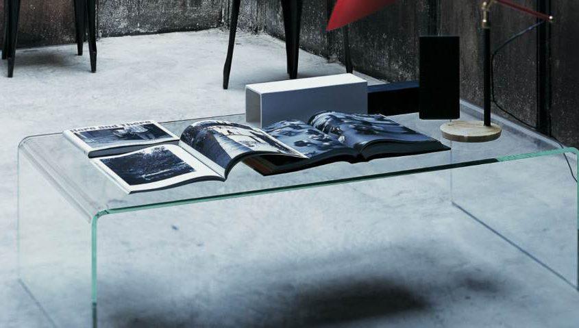 Curvi Couchtisch Glas im minimalistischem Design