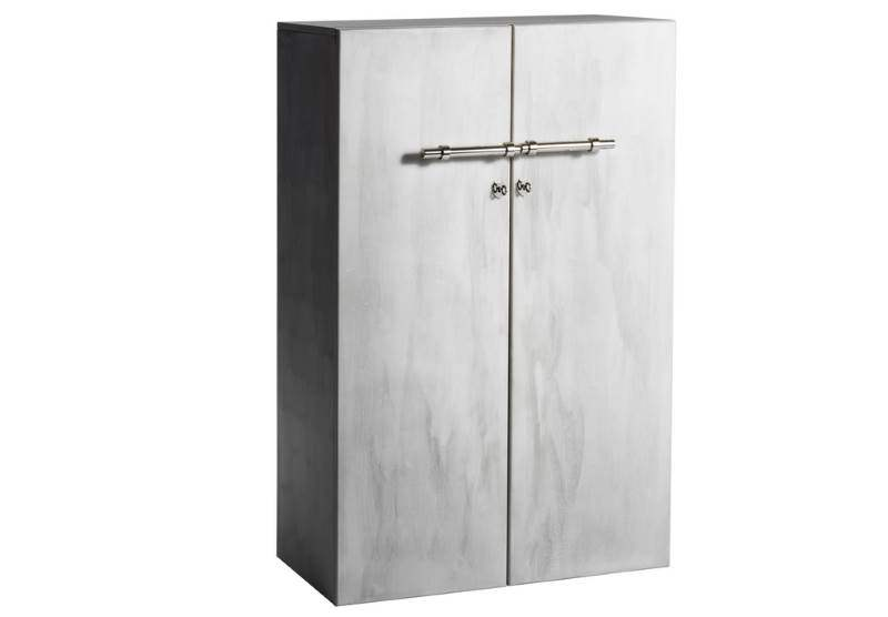 Ein exklusiver Garderobenschrank im Betonlook