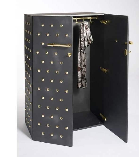 Ein exklusiver Garderobenschrank
