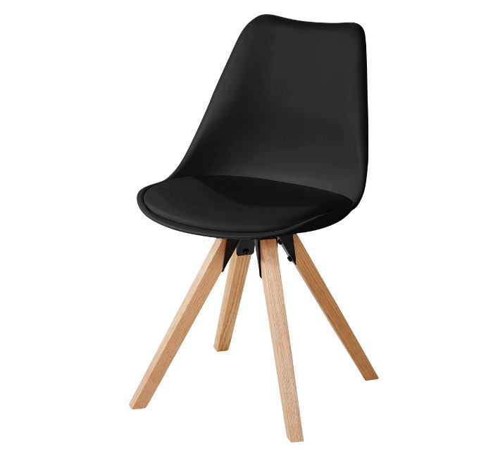 Sessel im skandinavischen Design