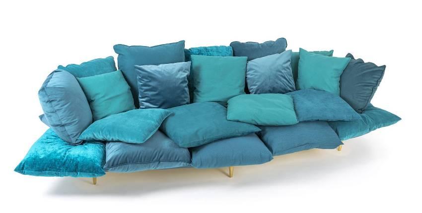 Türkises Sofa oder Liegewiese