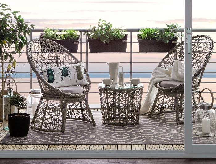 Balkonset aus Rattan